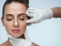 5 Major Factors to Consider Before Getting Plastic Surgery