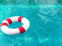 Common Swimming Pool Dangers to Avoid